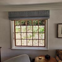 Bay side window